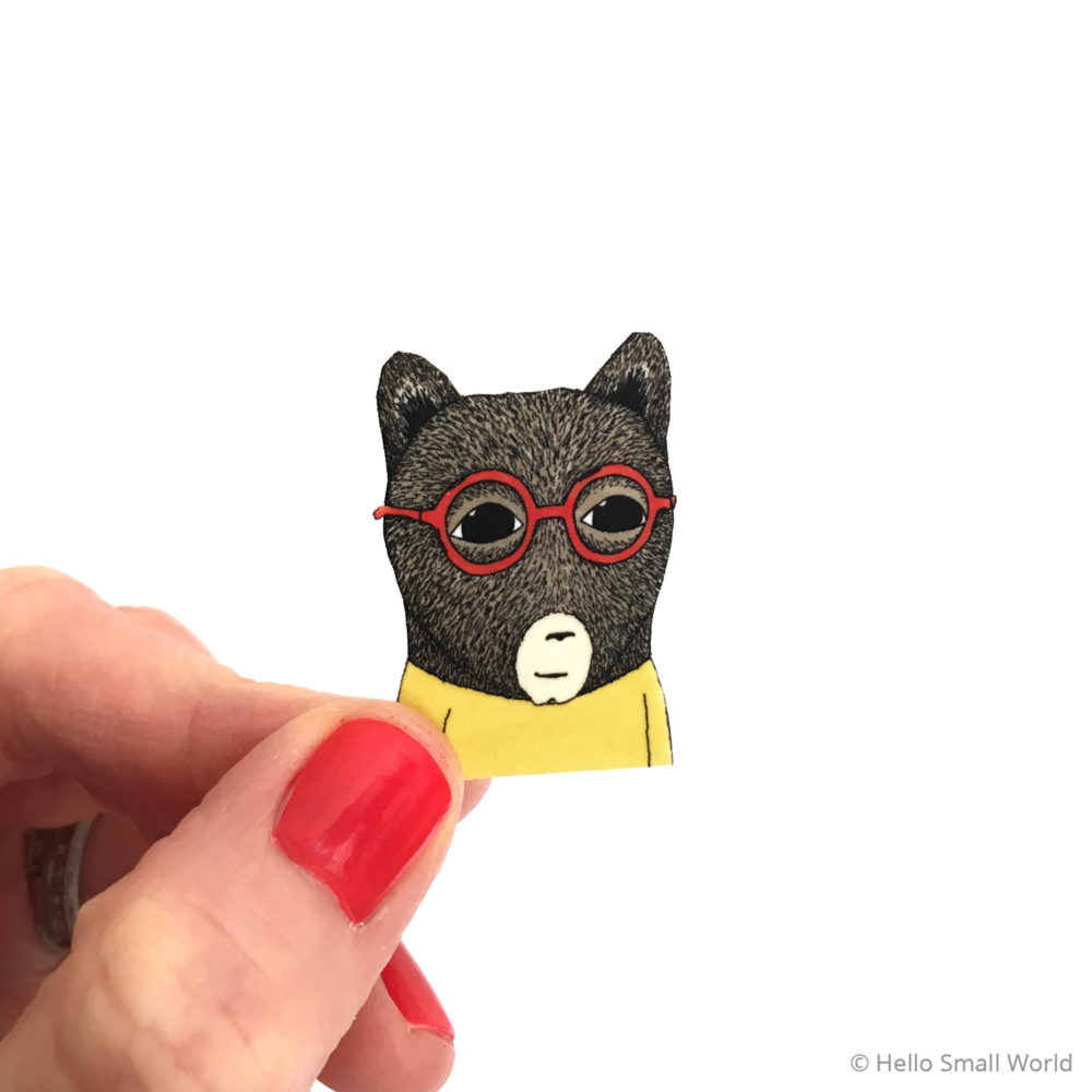 bear with glasses brooch