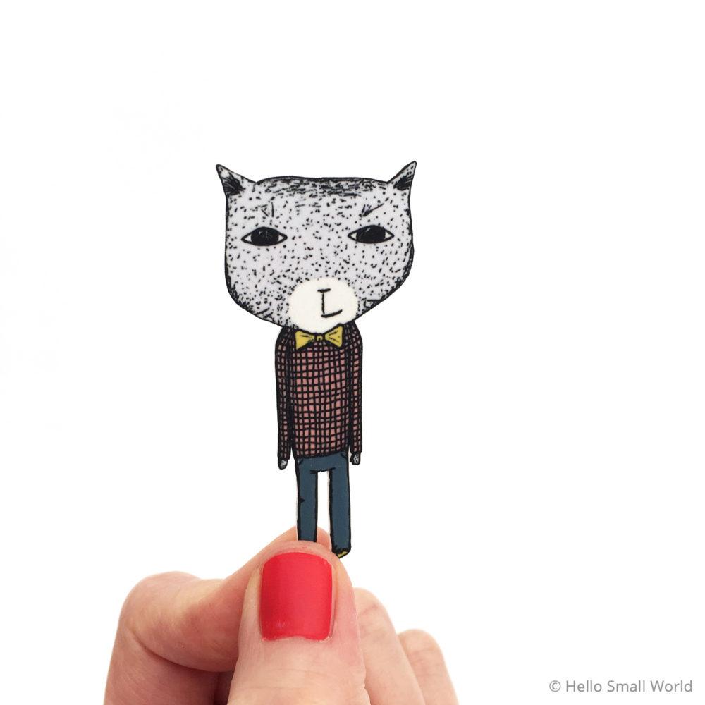 bowtie cat brooch